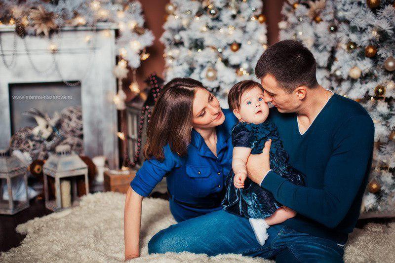 7a88bde2a6d04 Сейчас в моде Family Look - стиль одежды для семьи, при котором подбираются  одинаковые наряды для папы и сына, мамы и дочери, брата и сестры (могут  быть ...